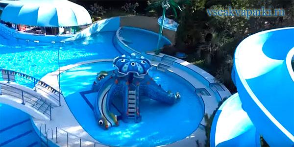 Горки аквапарка в Октябрьском