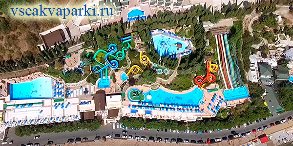Общий вид на аквапарк курорта Миндальная роща